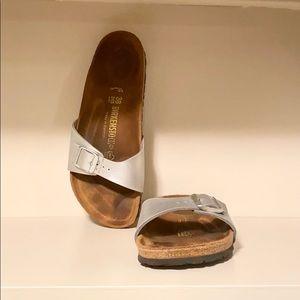 Birkenstock Madrid Sandal in Silver Pearl Size 38